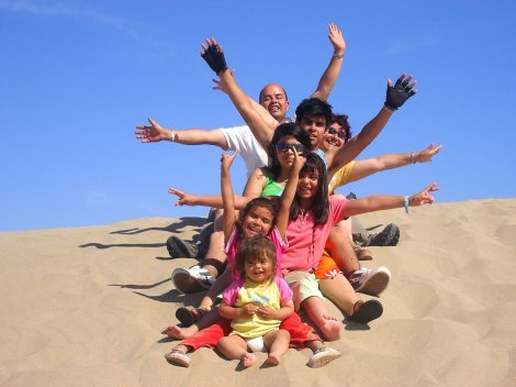 viaje-barato-para-familia-numerosa-en-semana-santa-oferta-de-pasaje-economico-para-familias-de-mas-de-5-miembros